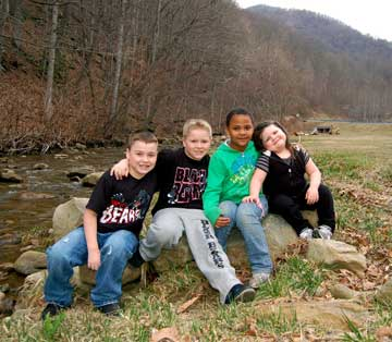 Kids on Looney Creek (Harlan Co)
